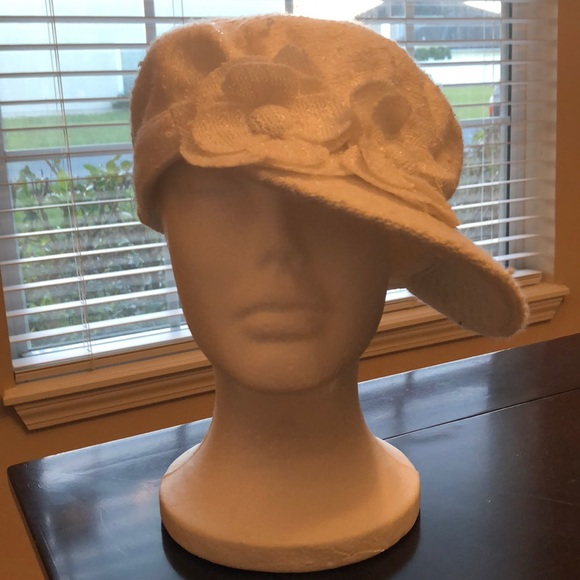 1acf0d9183be25 Accessories | Womens White Sequence News Boy Hat Size S | Poshmark